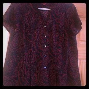 Woman's short sleeve paisley blouse